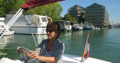 Holiday inn express paris-canal de la villette_